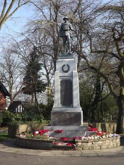 Darlaston War Memorial with plinth