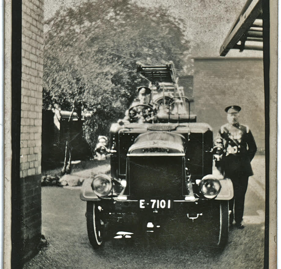 Leyland Fire Engine 1921 30.jpg