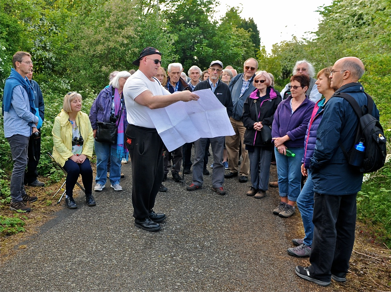 Ian Bott leads Summer 2019 Walk