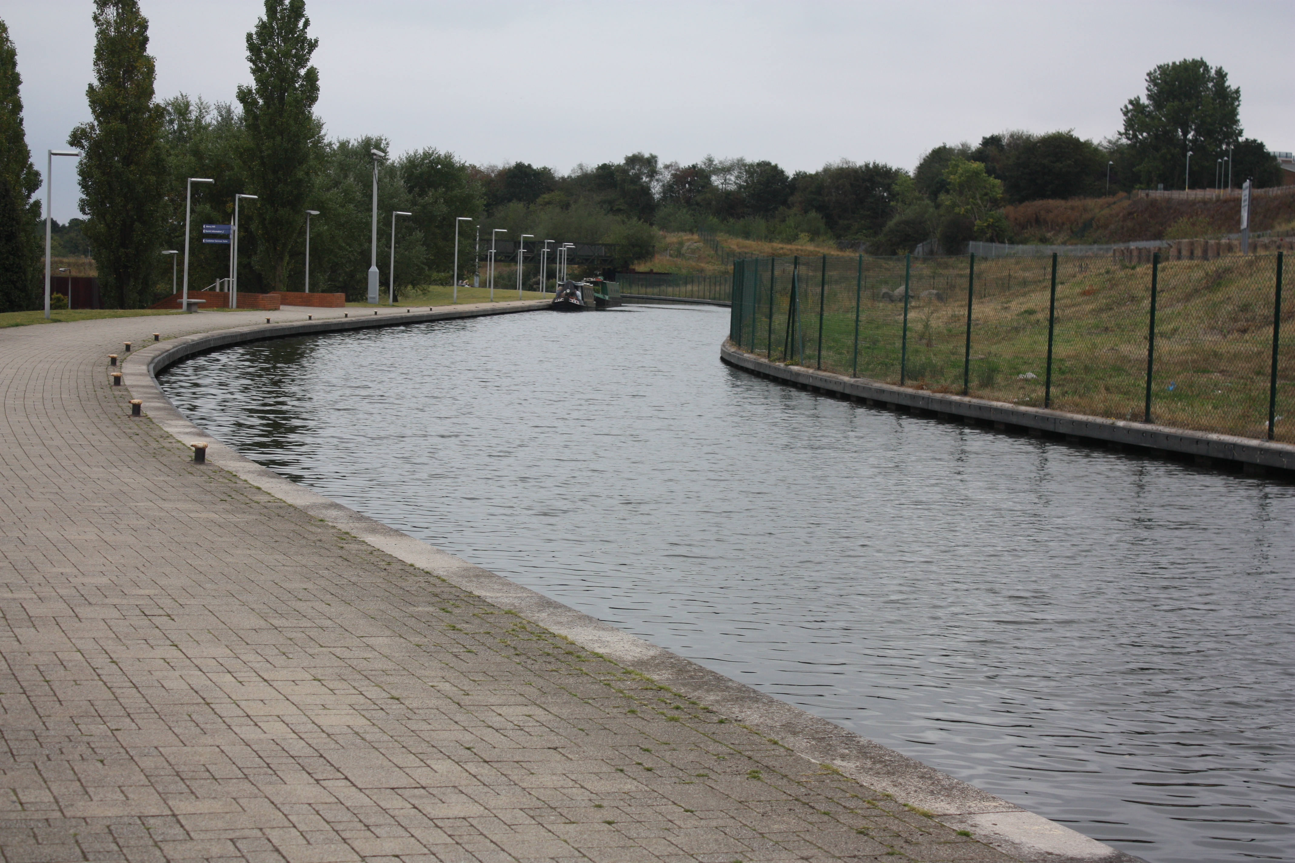 canal merry hill MJP