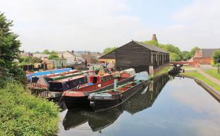 Stourbridge Canal.jpg
