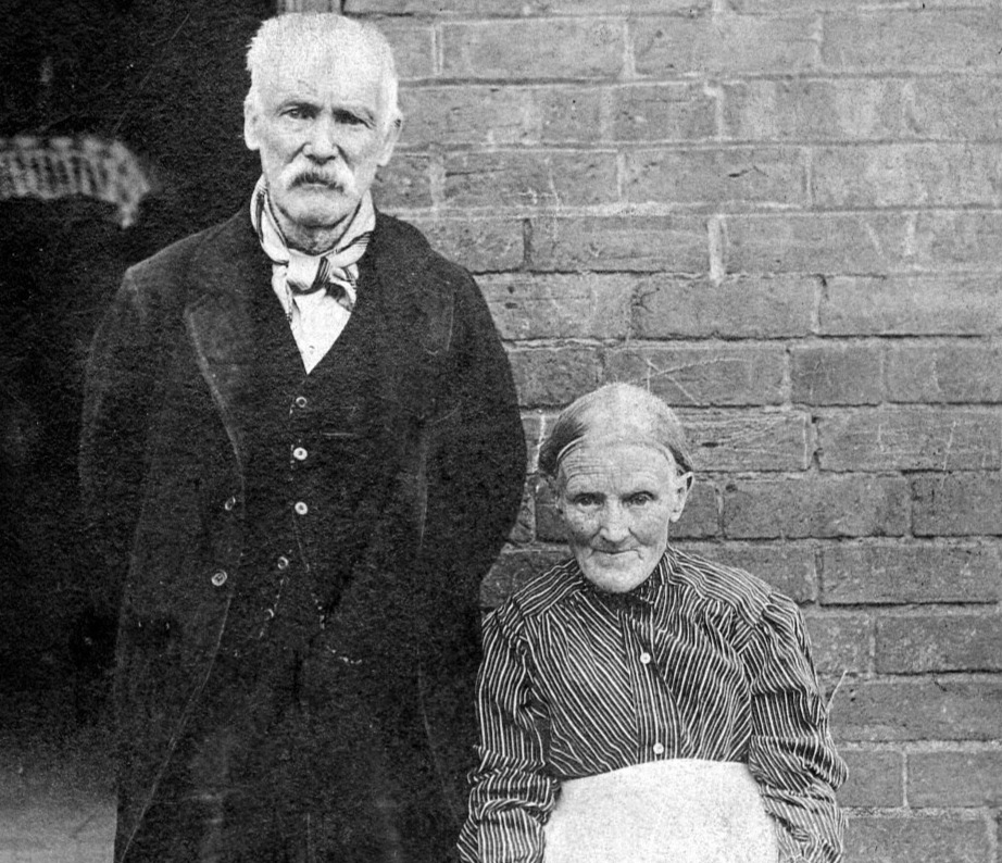 Thomas & Emma Winifred (Jones) Houlston