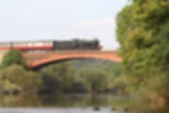 Victoria Bridge 2.jpg