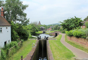 Stourbridge Canal 2.jpg