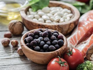 Alimentos e nutrientes que devem ser consumidos na gestação.