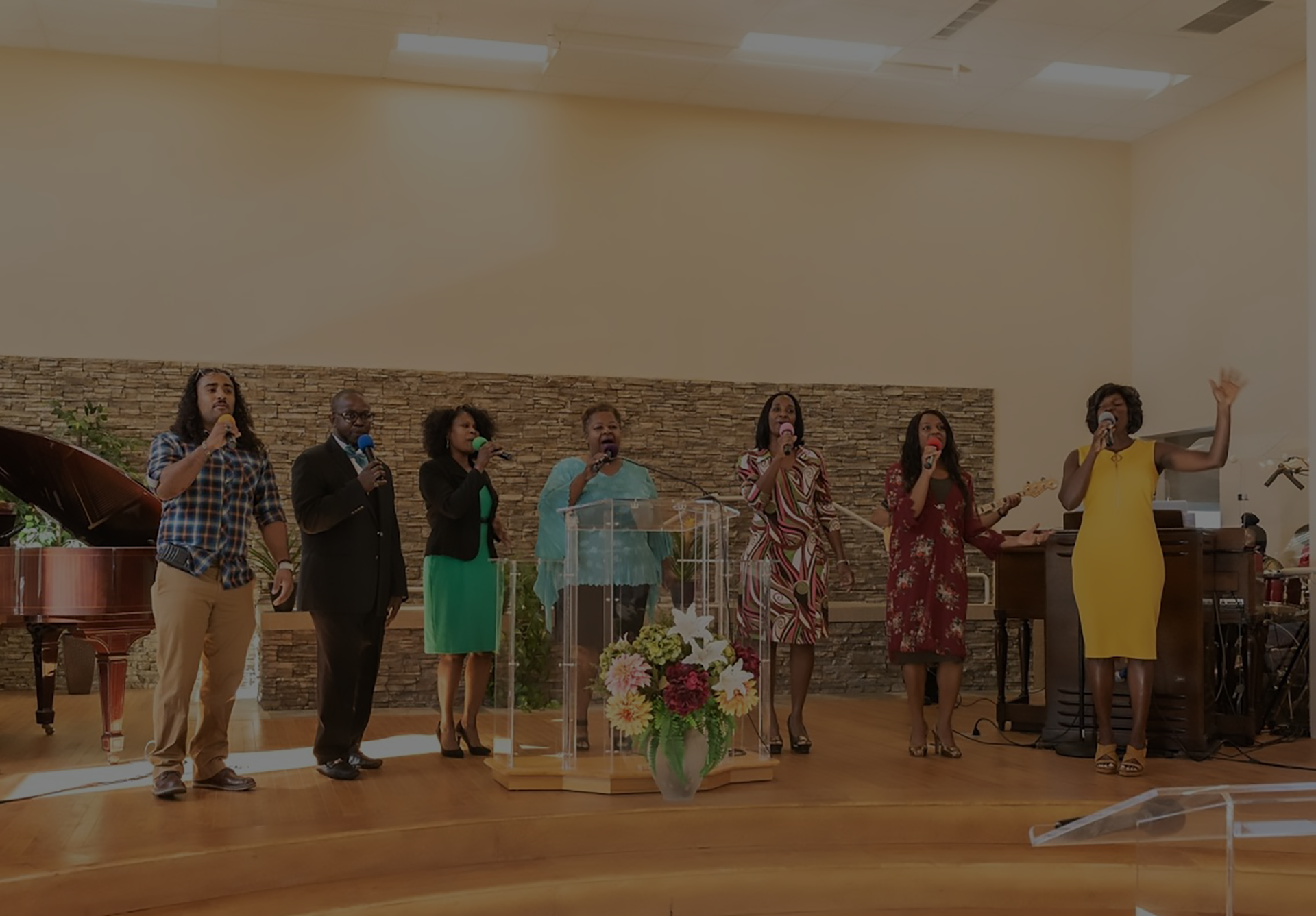 one humanity praise team