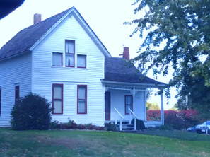 We Spent a Night in the Villisca Ax Murder House and Woke Up Haunted