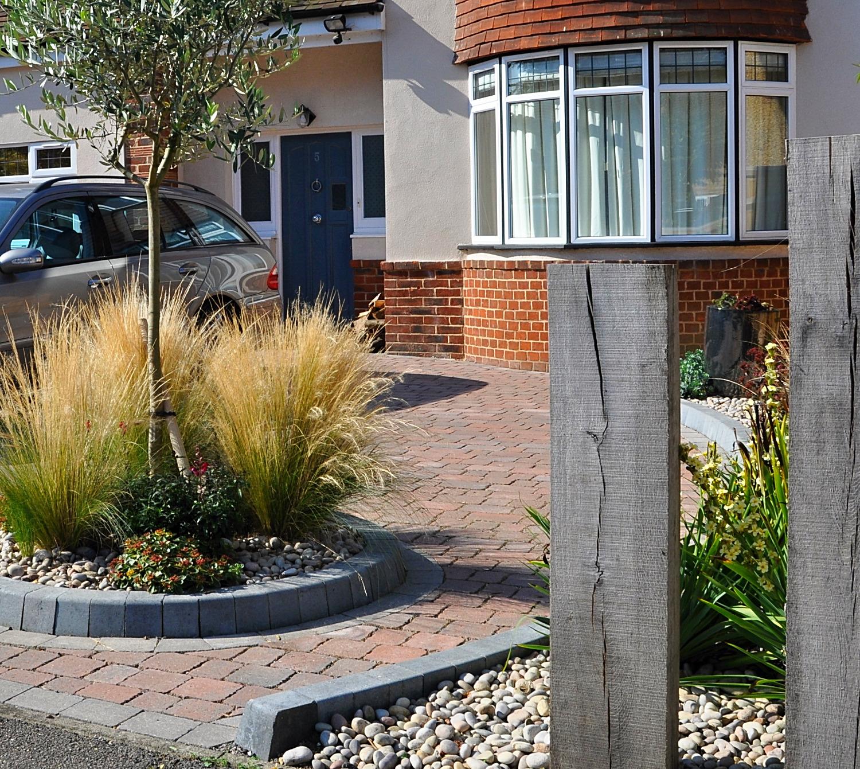 front garden, Maidenhead
