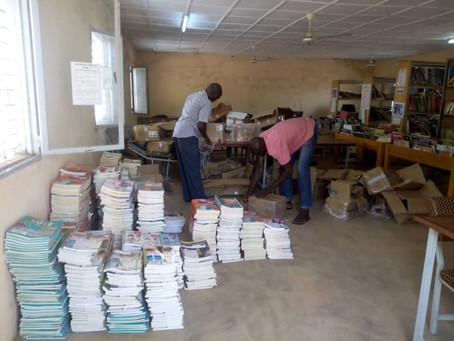 Livres scolaires vers le Burkina