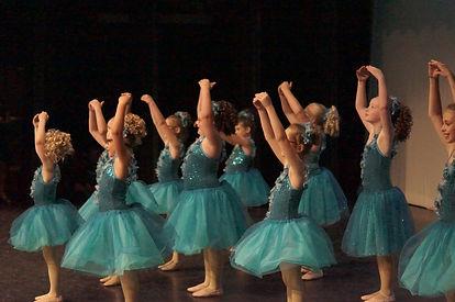 Ballet - 1.JPG