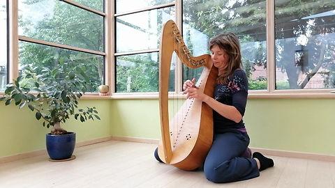 Natacha playing