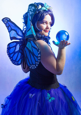 bristol coddywomple crystal ball juggler