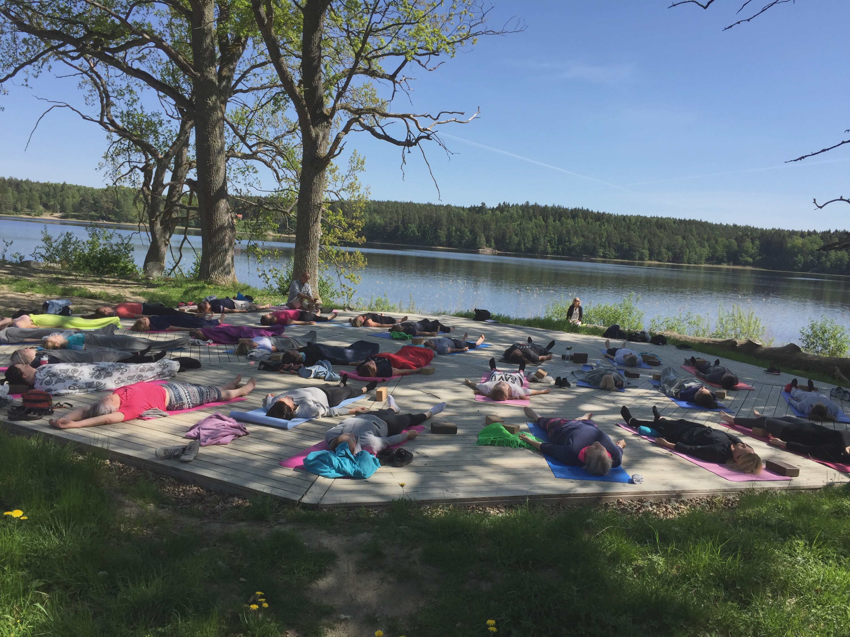 Yoga och sitsträning Sorunda maj-18