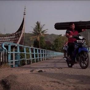 Jembatan Sibuk