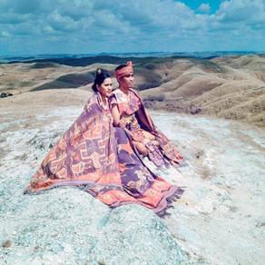 The Woven Path: Perempuan Tana Humba