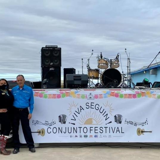 Viva Seguin Conjunto Festival