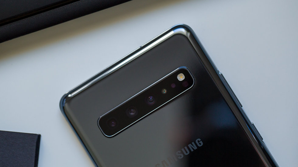 androidpit-samsung-galaxy-s10-5g-back-ca
