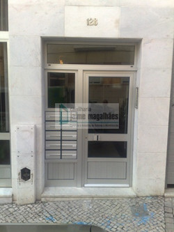 Porta+de+Entrada+-+Condomínio+Lisboa