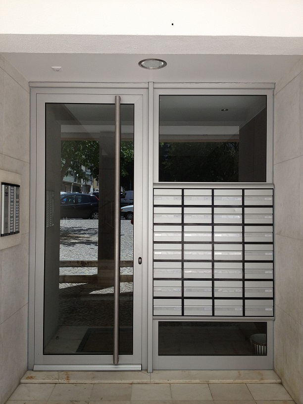 porta+condominiu+benfica