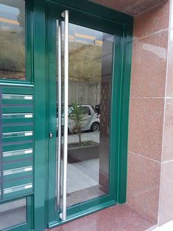 Porta entrada predio Laranjeiras2
