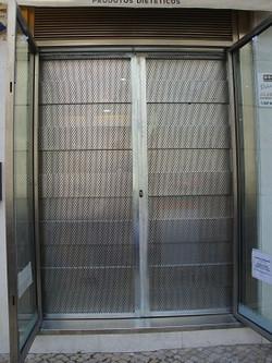 Porta_de_segurança_farmacia
