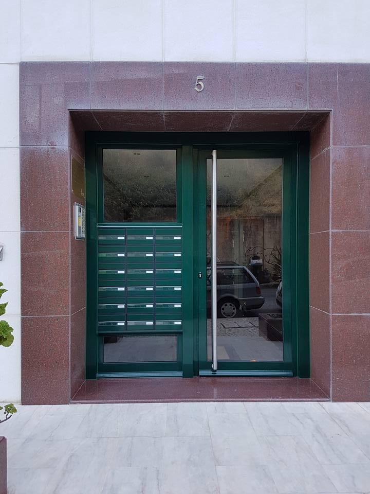 Porta entrada predio Laranjeiras