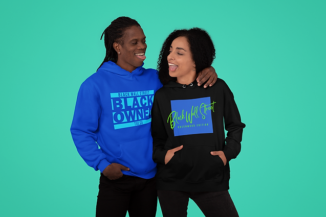 multiple-hoodies-mockup-featuring-a-coup