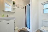 Bathroom | Hollywood Cottages