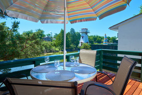 Patio | Hollywood Cottages