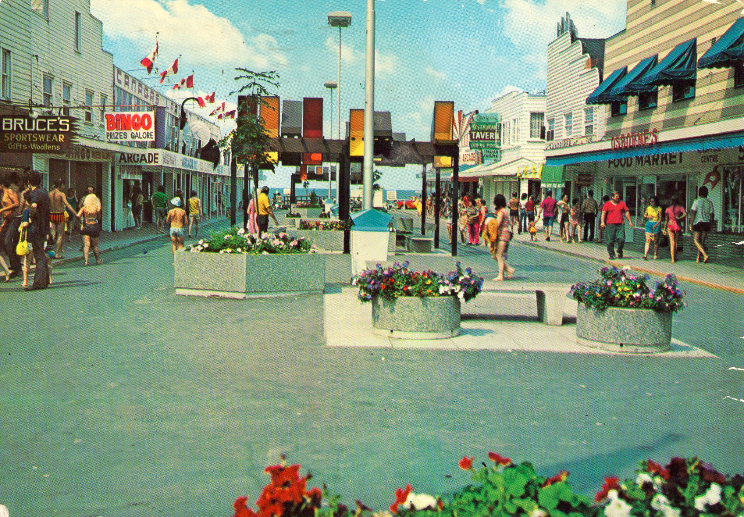 The Mall at Main Beach in the 70s
