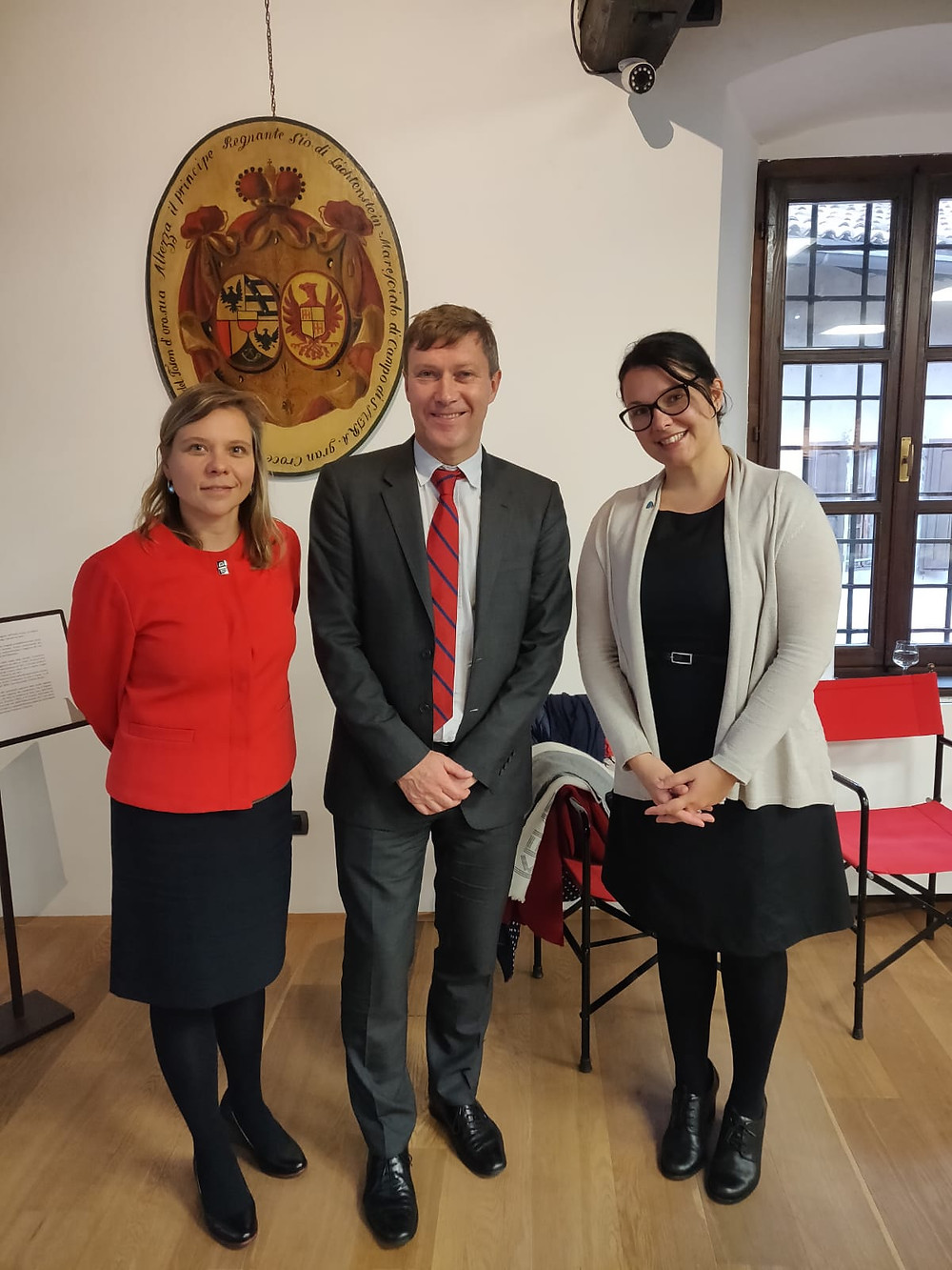 Sara Massini with representatives of the EC: Agata Dziarnowska  and Yves Le Lostecque