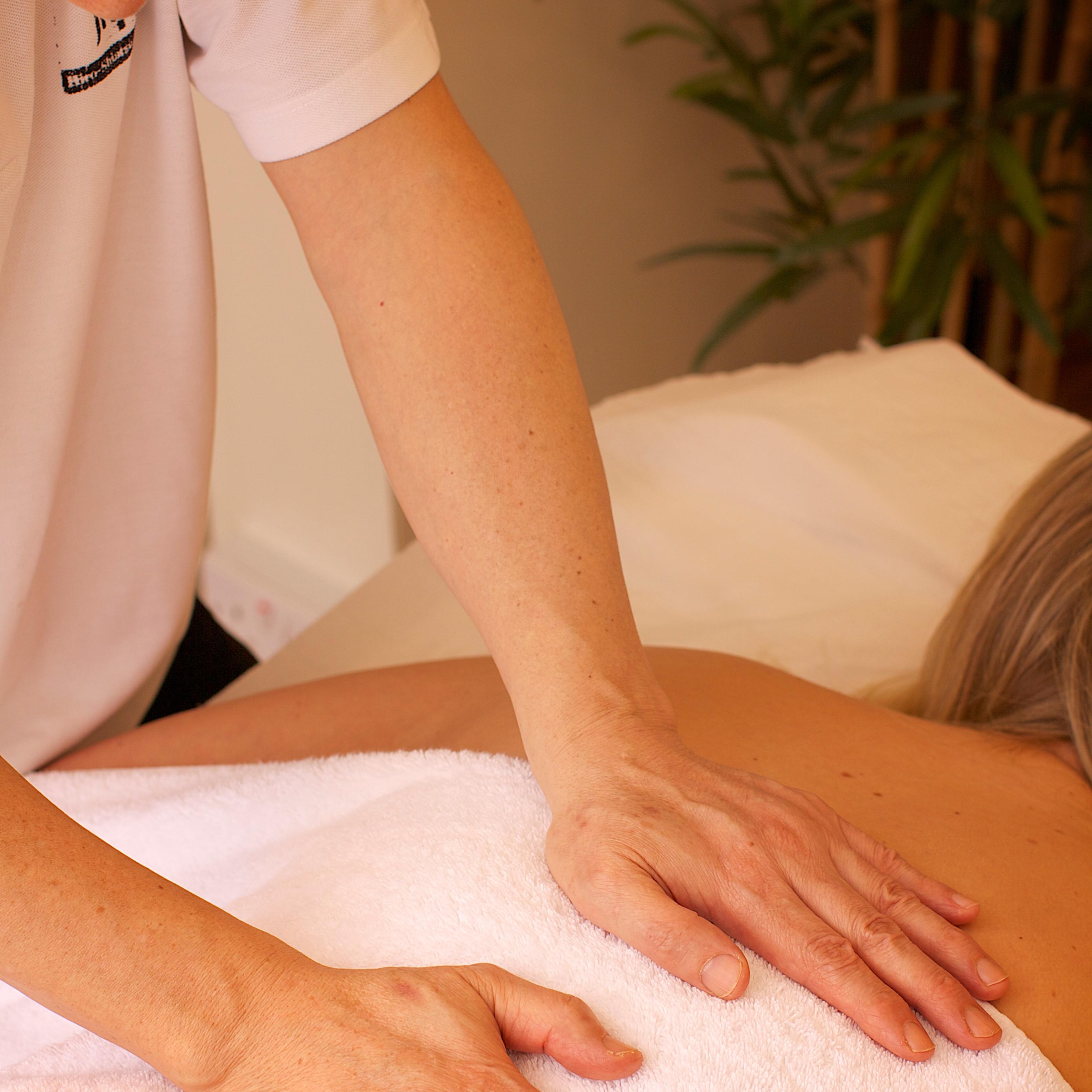 SHIATSU/THAI massage