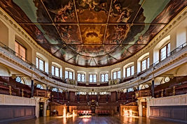 Sheldonian Theatre interior.jpg
