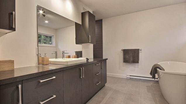 Maison Design / Salle de bain 2