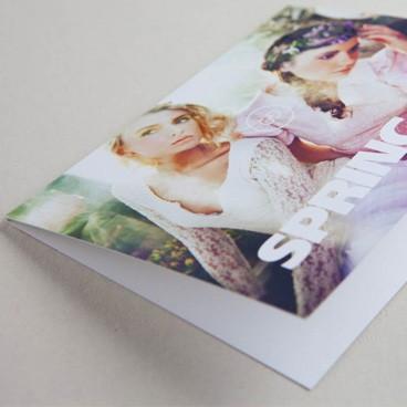 Avec sa texture subtile, ce papier est un excellent choix pour un aspect classique et naturel.