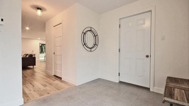 Maison Design / Vestibule
