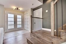 Modèle de maison à étage avec garage / Vestibule