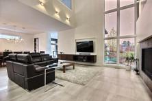 Maison avec 2 garages / Salon 4