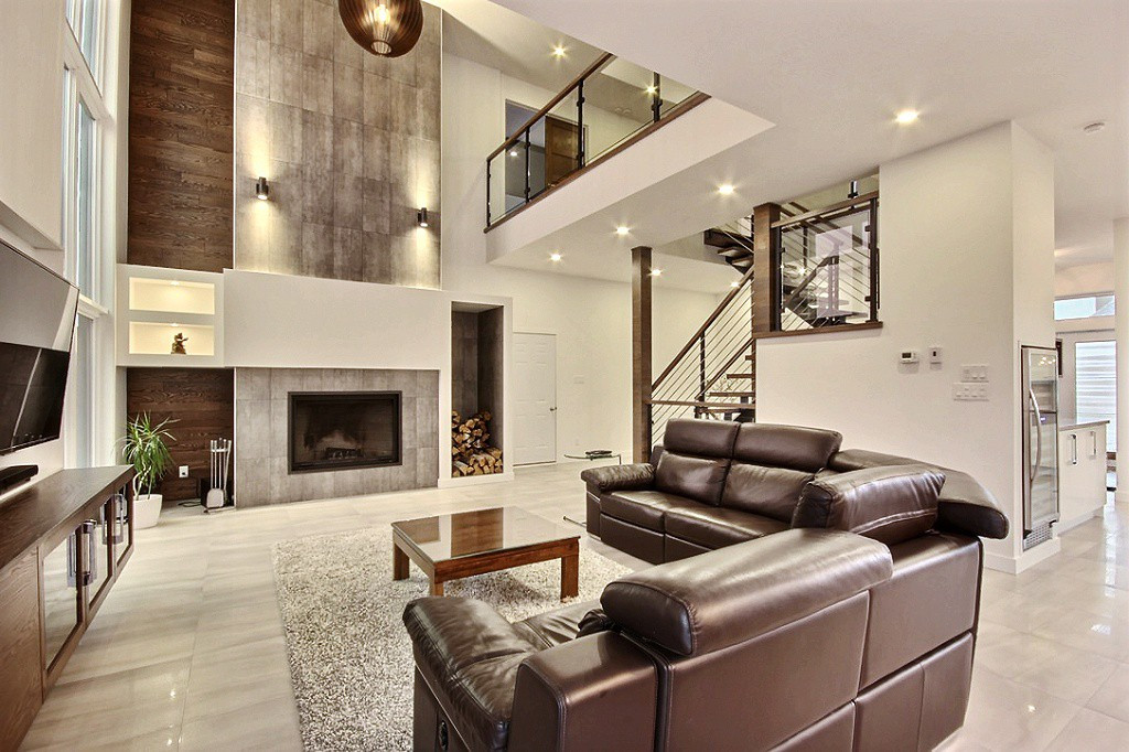 Maison avec 2 garages / Salon 1
