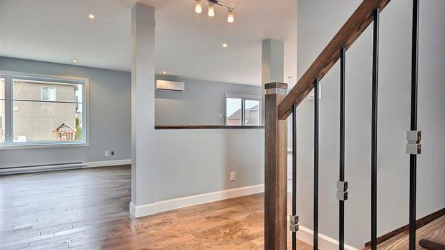 Plan de maison avec garage / Escalier 2