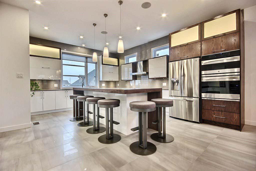 Maison avec 2 garages / Cuisine 1