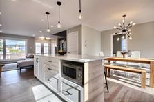 Modèle de maison à étage avec garage / Cuisine 1