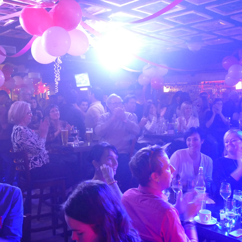5ième anniversaire - Rideau Rouge