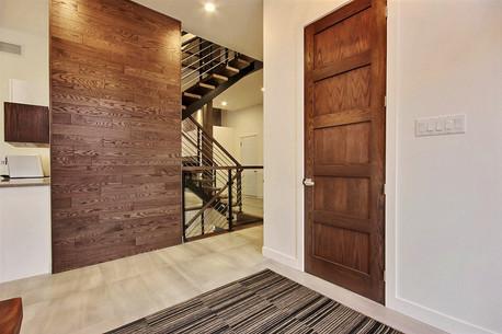 Maison avec 2 garages / Escalier 3