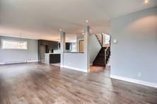 Plan de maison avec garage / Salon 5
