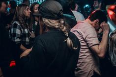 discotheque-nightlife-quebec-midnight-bl