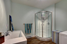 Maison plain-pied avec garage - Salle de bain 3