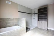Plan de maison avec garage / Salle de bain 4