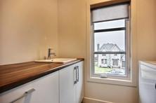Maison avec 2 garages / Salle de bain 6