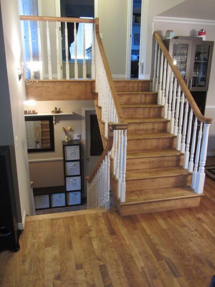Plancher et escalier en Merisier